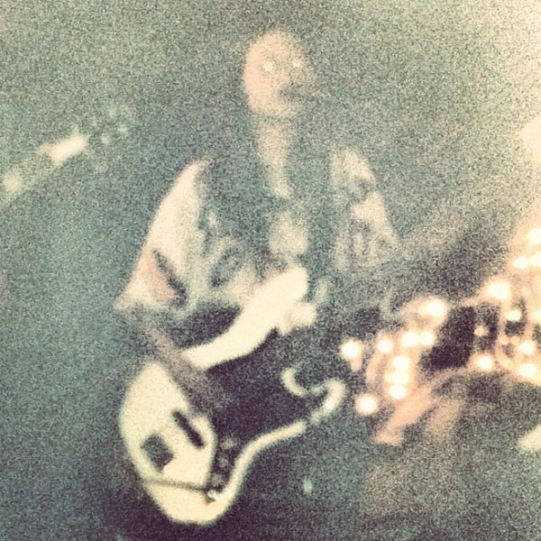 Photo prise au Lulu's par Noah C. le2/15/2012