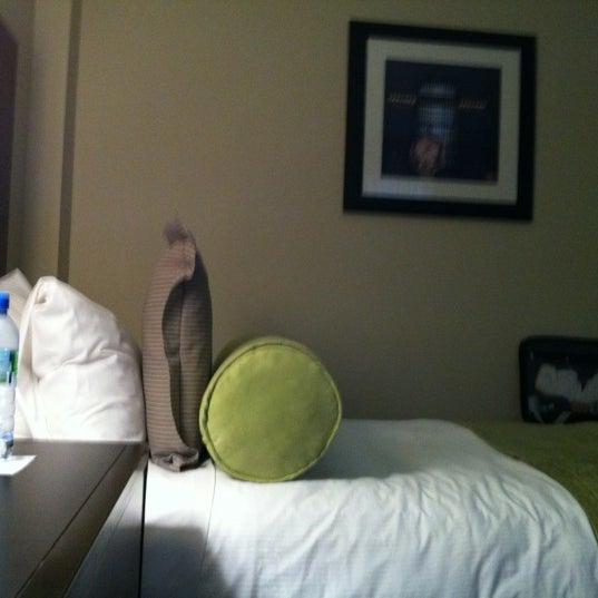 Снимок сделан в Hotel MELA пользователем Sandie C. 8/27/2012