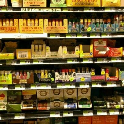 6/19/2012 tarihinde Angie C.ziyaretçi tarafından Westerly Natural Market'de çekilen fotoğraf