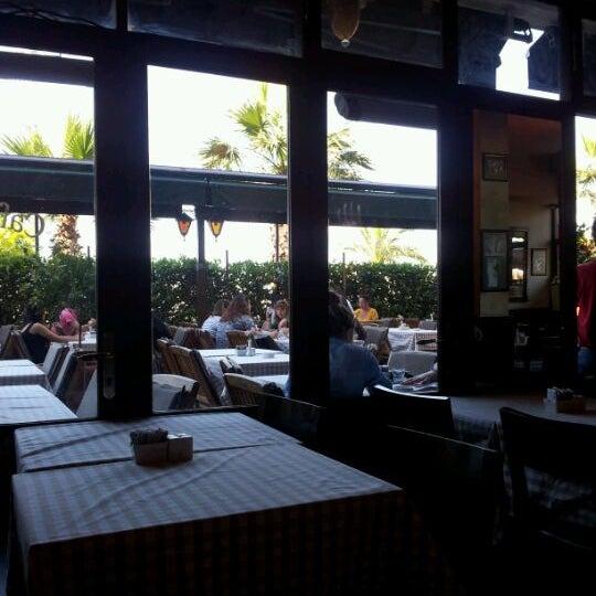 Foto scattata a La Folie Güzelyalı da Ümit Y. il 6/9/2012