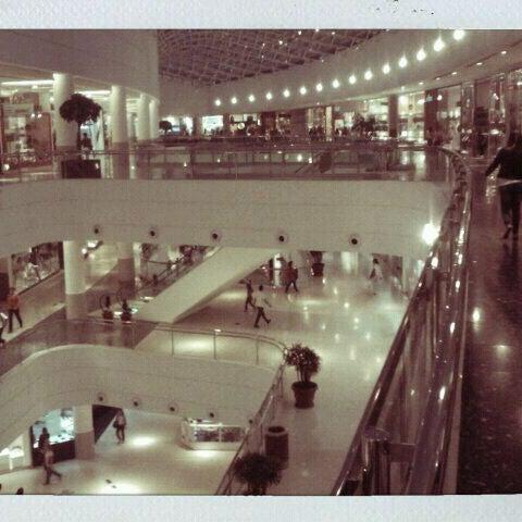 4/9/2012 tarihinde Maicon P.ziyaretçi tarafından Shopping Palladium'de çekilen fotoğraf