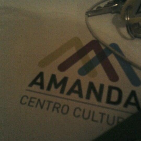 Foto tomada en Centro Cultural Amanda por Adriana M. el 8/7/2012