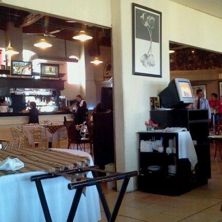 Снимок сделан в La Estancia De Boca пользователем Ario R. E. 3/16/2012