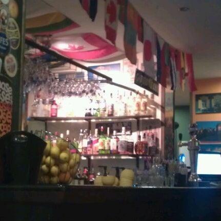 Photo prise au Los Amigos par Serci Y. le2/11/2012