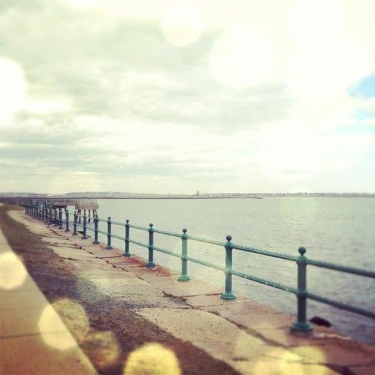 4/1/2012 tarihinde Lisa R.ziyaretçi tarafından Castle Island'de çekilen fotoğraf