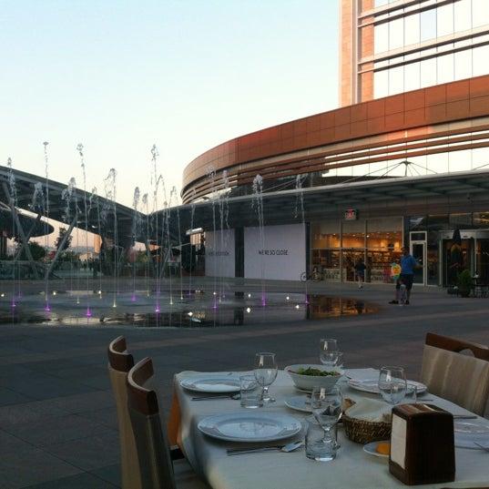 Das Foto wurde bei Tepe Prime Avenue von Sinan C. am 8/16/2012 aufgenommen