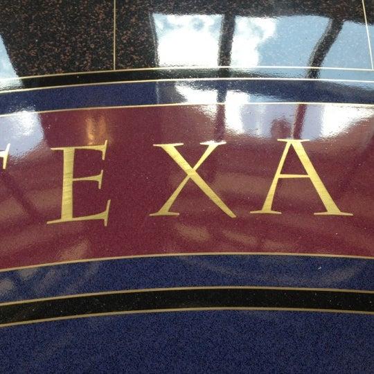 7/5/2012 tarihinde Rebecca R.ziyaretçi tarafından Bullock Texas State History Museum'de çekilen fotoğraf