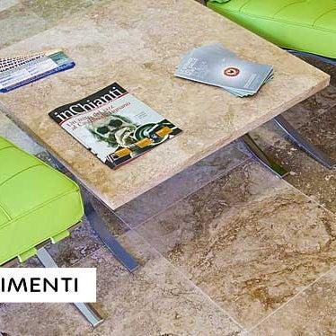 Foto tirada no(a) Pietre Di Rapolano - PDR srl por Pietre di Rapolano em 9/6/2012