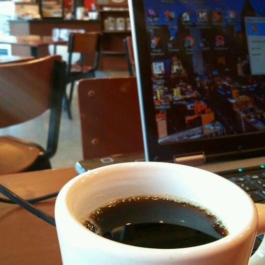 Foto tomada en Mars Cafe por RenovateDSM el 8/14/2012