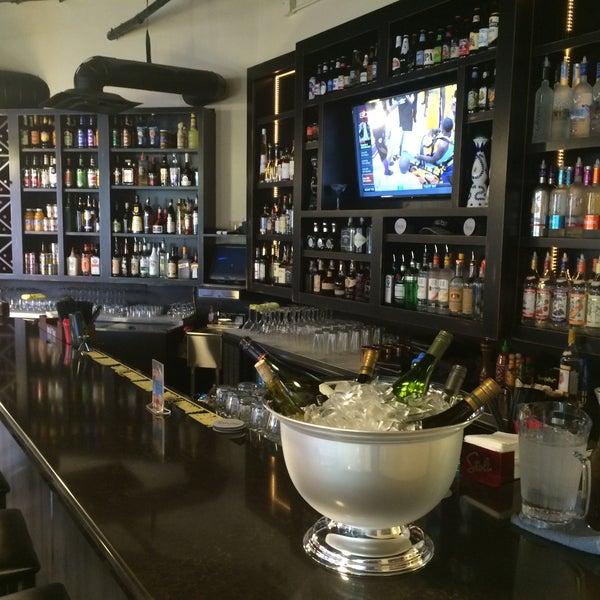 Foto scattata a Park Place Bar & Grill da Park Place Bar & Grill il 11/7/2014
