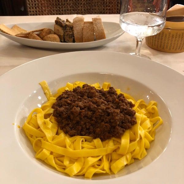 รูปภาพถ่ายที่ Antica Trattoria della Gigina โดย Marco D. เมื่อ 5/10/2018