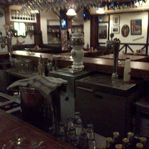 Снимок сделан в Die Stube German Bar & Resto пользователем Ivan D. 12/12/2012
