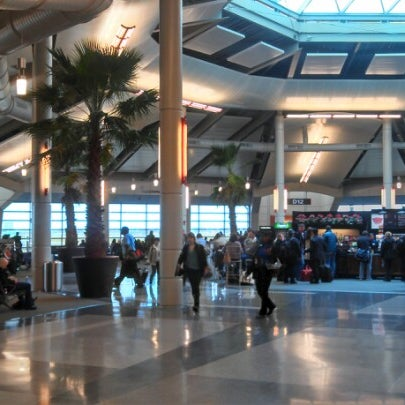 Foto scattata a Louis Armstrong New Orleans International Airport (MSY) da Jeff B. il 12/26/2012