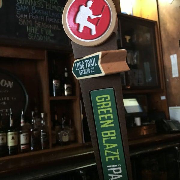 Foto tirada no(a) Tigin Irish Pub por AKD320 em 7/12/2016