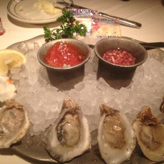 11/28/2012にScott G.がJoe's Seafood, Prime Steak & Stone Crabで撮った写真