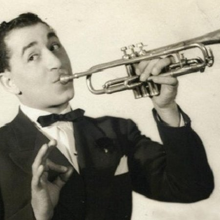 Louis Prima - The King of Swing! Visit http://blog.vegastheshow.com/louis-prima-was-the-king-of-swing/ for more about how Swing got started! Or visit http://www.vegastheshow.com for tickets now!
