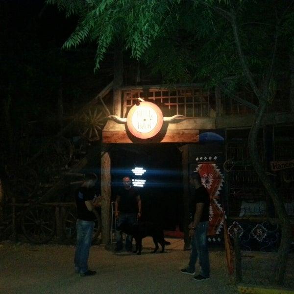 Foto scattata a Bull Bar da Kadir K. il 7/9/2013