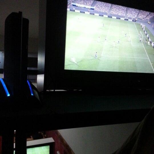 10/26/2012 tarihinde Yiğit B.ziyaretçi tarafından Bandırma KING Playstation'de çekilen fotoğraf