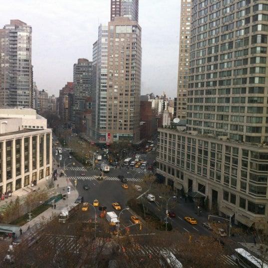 Снимок сделан в The Empire Hotel пользователем Claire M. 11/30/2012