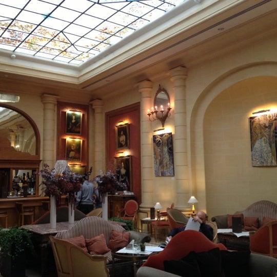 Foto diambil di Hôtel Costes oleh Samuel Leite pada 10/11/2012