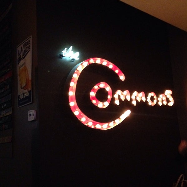 Foto tomada en The Commons Ale House  por Aiei el 4/26/2016