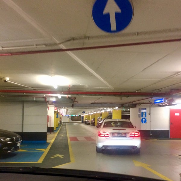 Parking Piazza Meda Parking In Milano