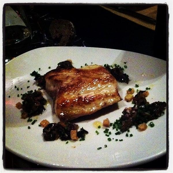 Foto diambil di Restaurante Lakasa oleh Jaime V. pada 1/12/2013