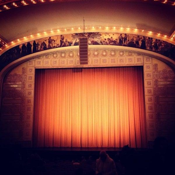 3/9/2013 tarihinde John N.ziyaretçi tarafından Auditorium Theatre'de çekilen fotoğraf