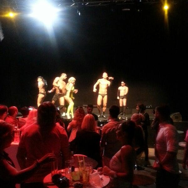 Foto diambil di XLarge Club İstanbul oleh G@mz€ pada 5/24/2013