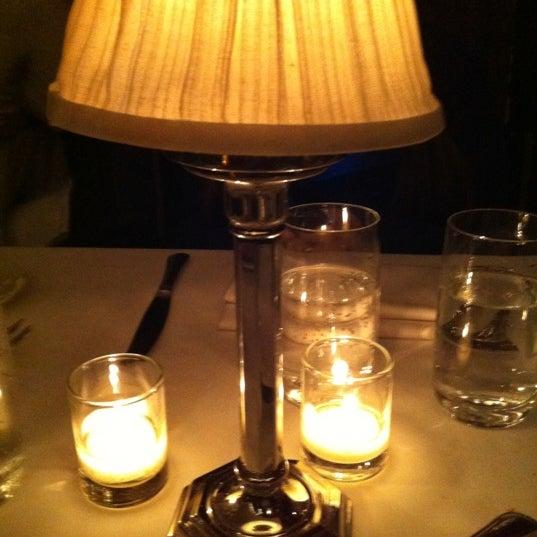 Foto scattata a Crown da Sandra Mara R. il 12/25/2012