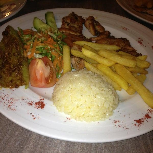 Foto tomada en Dudu Cafe Restaurant por 🔹mstf🔻 el 3/2/2013