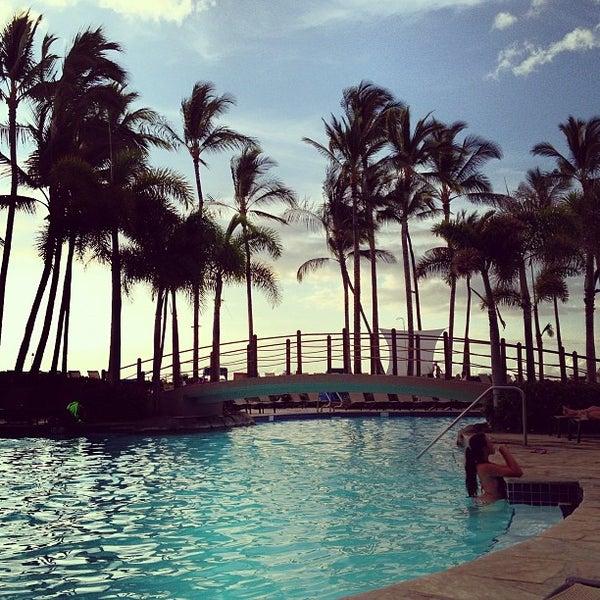 Foto tomada en Hilton Waikoloa Village por Nathan V. el 7/14/2013