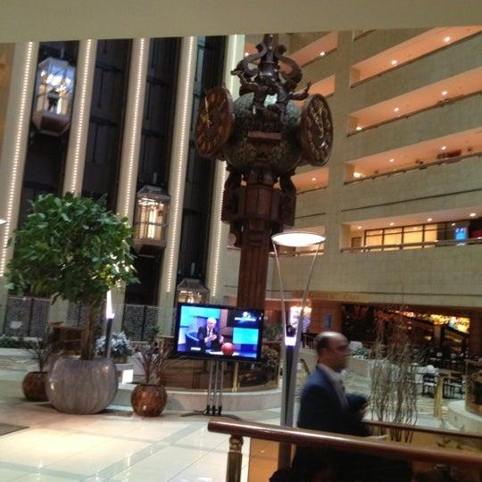Снимок сделан в Crowne Plaza пользователем AF 12/5/2012