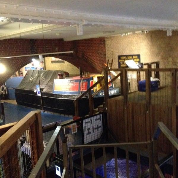 รูปภาพถ่ายที่ London Canal Museum โดย paul d. เมื่อ 11/7/2013