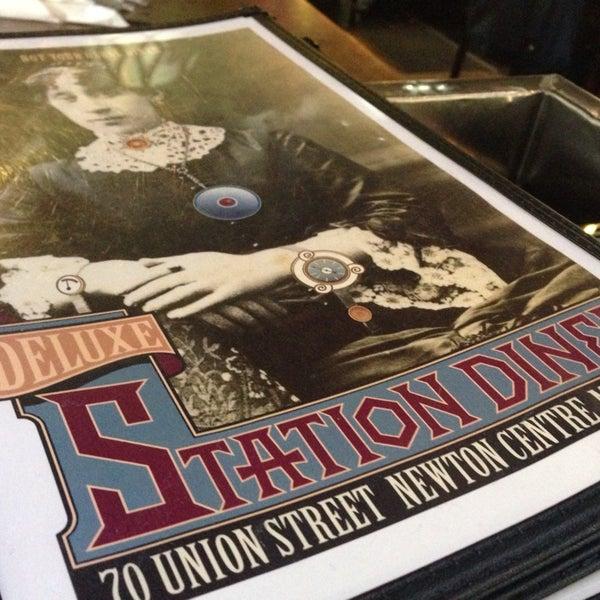 Foto scattata a Deluxe Station Diner da Jill H. il 6/1/2014
