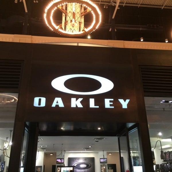 eb68117a0aa04 Oakley - Accessories Store in Easton