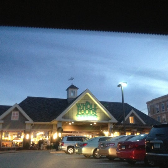 whole foods west hartford hours