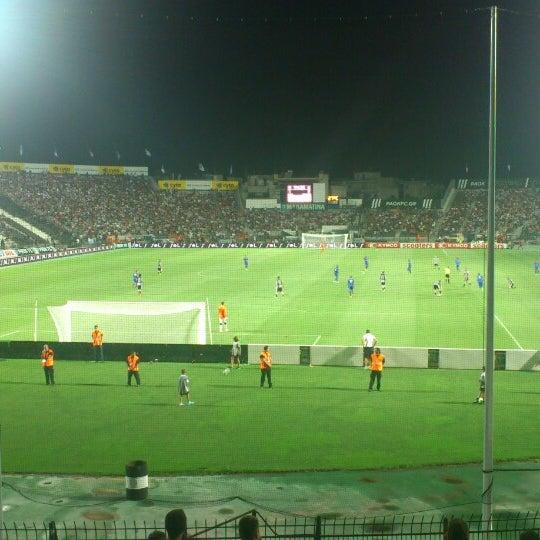 รูปภาพถ่ายที่ Toumba Stadium โดย Sakis P. เมื่อ 7/23/2013