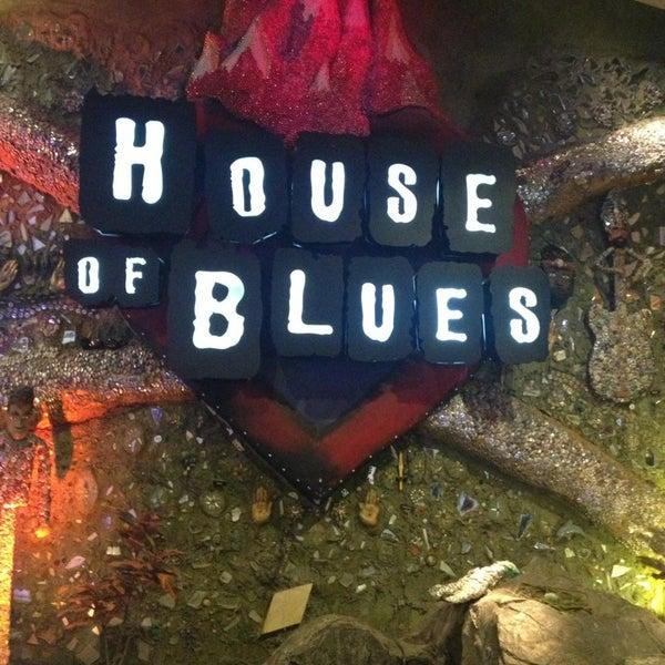 Снимок сделан в House of Blues пользователем Gregory T. 5/23/2013