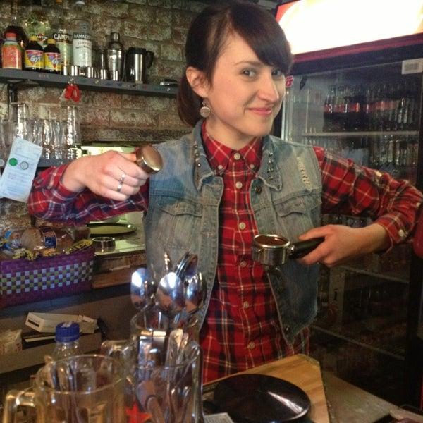 3/28/2013 tarihinde Элла Б.ziyaretçi tarafından Thistle Pub'de çekilen fotoğraf