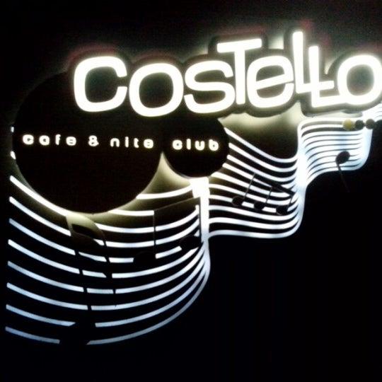 รูปภาพถ่ายที่ Costello Club โดย Marcos S. เมื่อ 1/25/2013