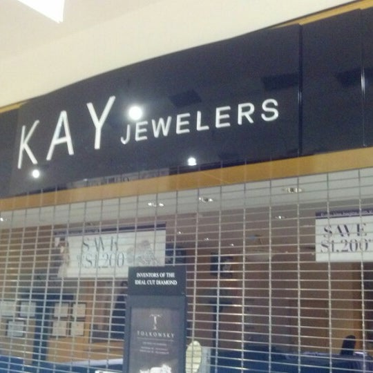 658209367 Kay Jewelers - Jewelry Store in Mary Esther
