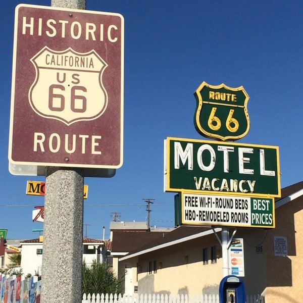 Photo prise au Route 66 Motel par Kiersten L. le9/28/2014