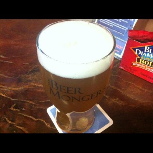 Photo prise au The BeerMongers par Sascha W. le4/17/2013