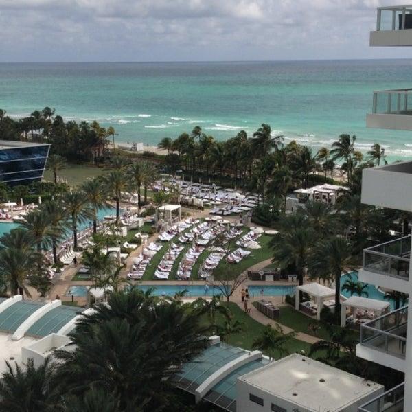 รูปภาพถ่ายที่ Cecconi's Miami Beach โดย Como T. เมื่อ 2/22/2013