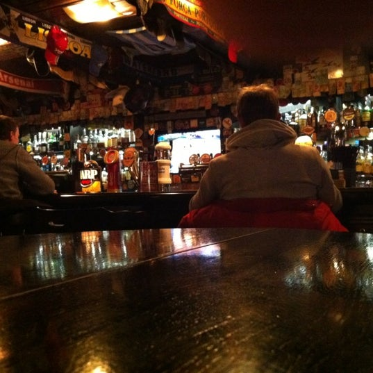 Снимок сделан в Финнеганс пользователем Bernard B. 11/7/2012