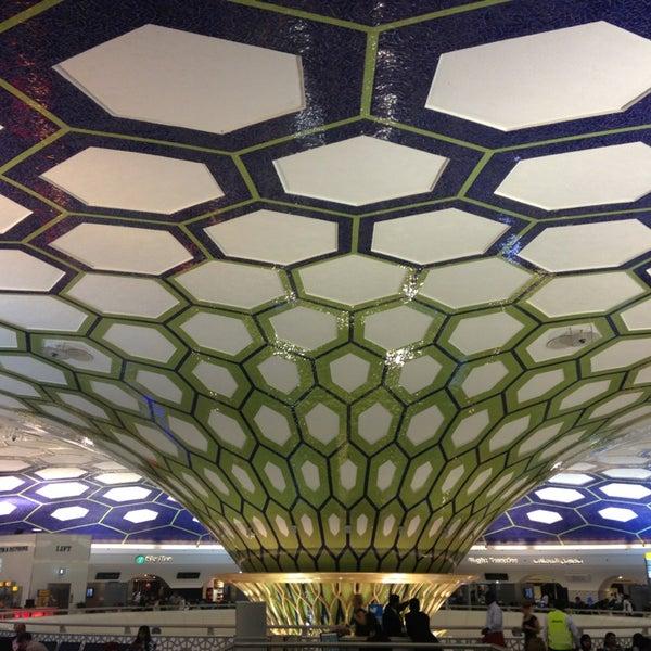 Photo prise au Abu Dhabi International Airport (AUH) par Stephan S. le6/15/2013