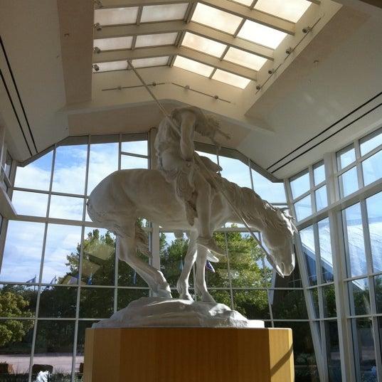 Foto tomada en National Cowboy & Western Heritage Museum por Suzanne E J. el 8/25/2012