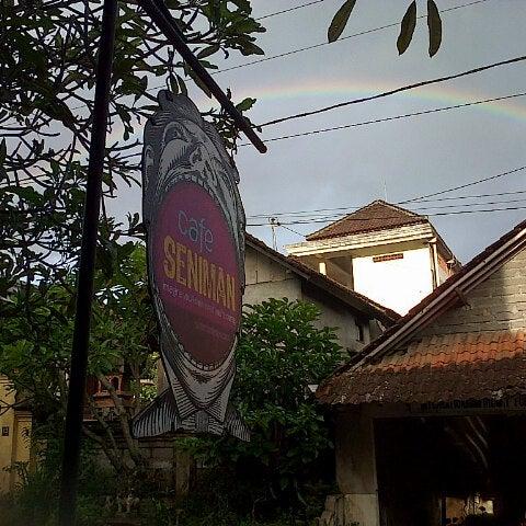 3/7/2013 tarihinde Zeta D.ziyaretçi tarafından Seniman Coffee Studio'de çekilen fotoğraf