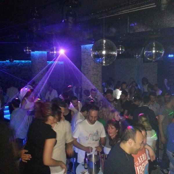 รูปภาพถ่ายที่ Olimpia V.I.P Club โดย Ali B. เมื่อ 5/4/2013